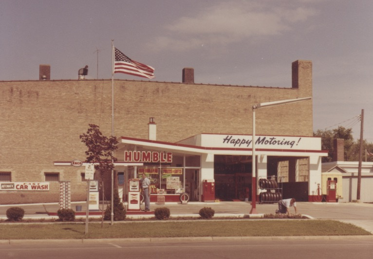 Tri-City Service Stations by Geneva History Museum